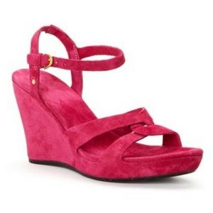 NWT UGG Arianna Pink Suede Wedge Sandal Size 8.5